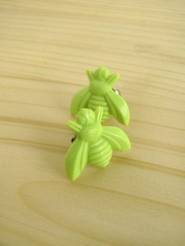 Bee Stud Earrings - Lime Green - $5.00 : --- Art School Dropout.net ---